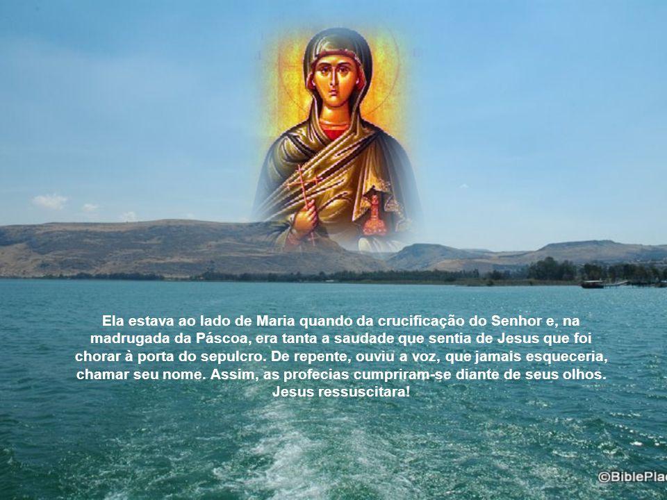 Invadindo o local da ceia, ela não ousou olhar para Jesus.