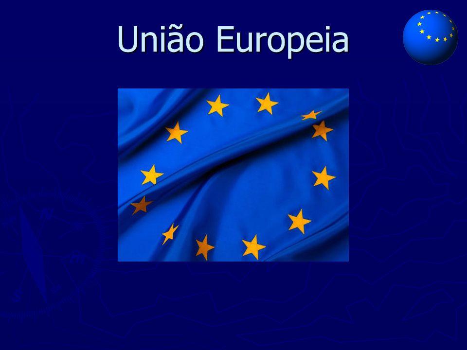 Países Fundadores  1957 – Europa dos 6  Países Aderentes: ► Holanda ► Bélgica ► Luxemburgo ► Itália ► República Federal da Alemanha ► França ► (Países do BENELUX)