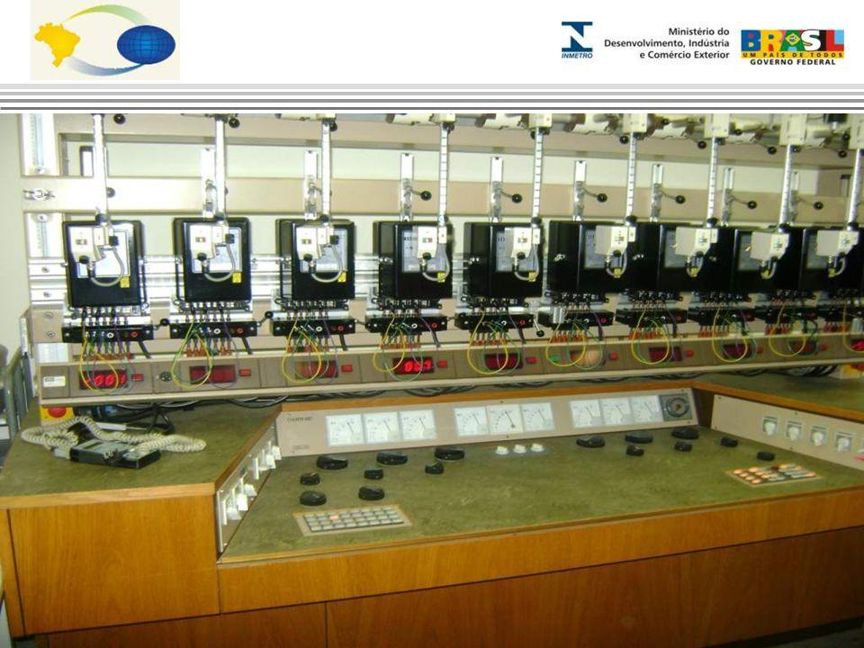 Laboratório de Medidor de Energia Elétrica