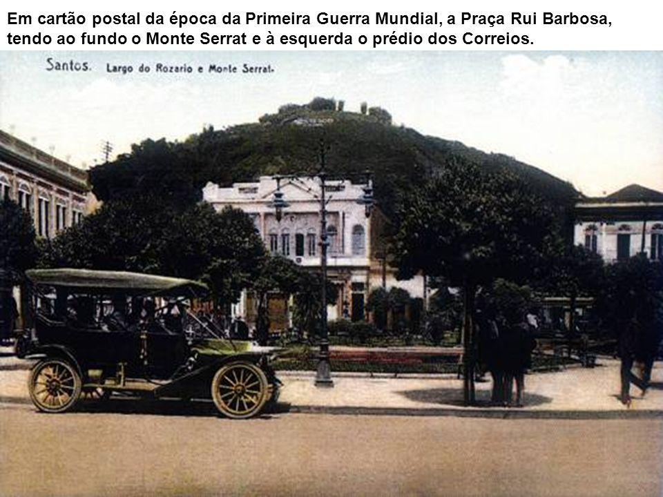 Largo do Rosário (hoje Praça Rui Barbosa, vendo-se entre as esquinas com as ruas General Câmara e João Pessoa (antiga Rua do Rosário) o prédio da anti