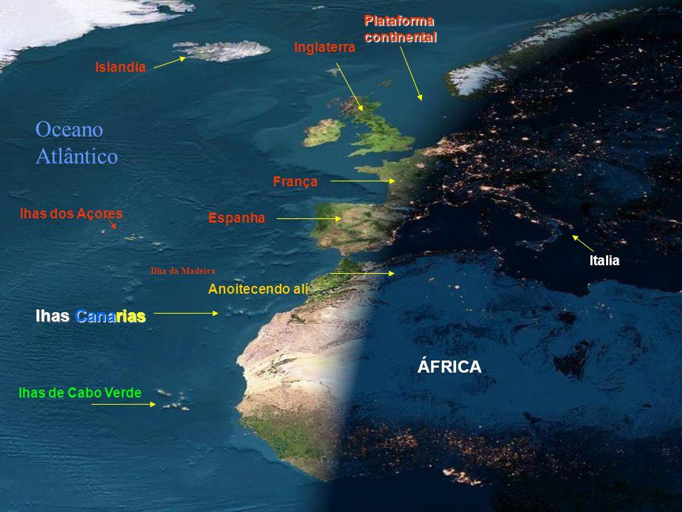 QUE ESPECTÁCULO! Veja uma foto ao anoitecer da Europa e Africa, num dia sem nuvens, tirada de um satélite em órbita. Observe como as luzes estão acesa