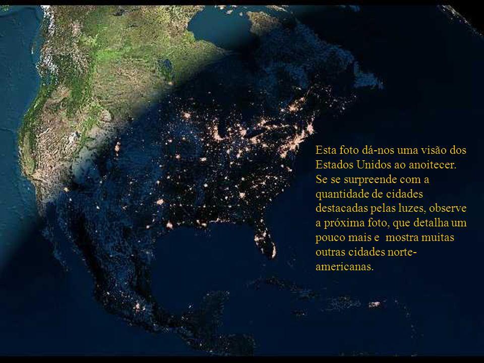 Grande São Paulo Rio de Janeiro O mesmo ponto geográfico com outro recurso do satélite ressaltam outras cidades. Por exemplo: O ponto luminoso encima
