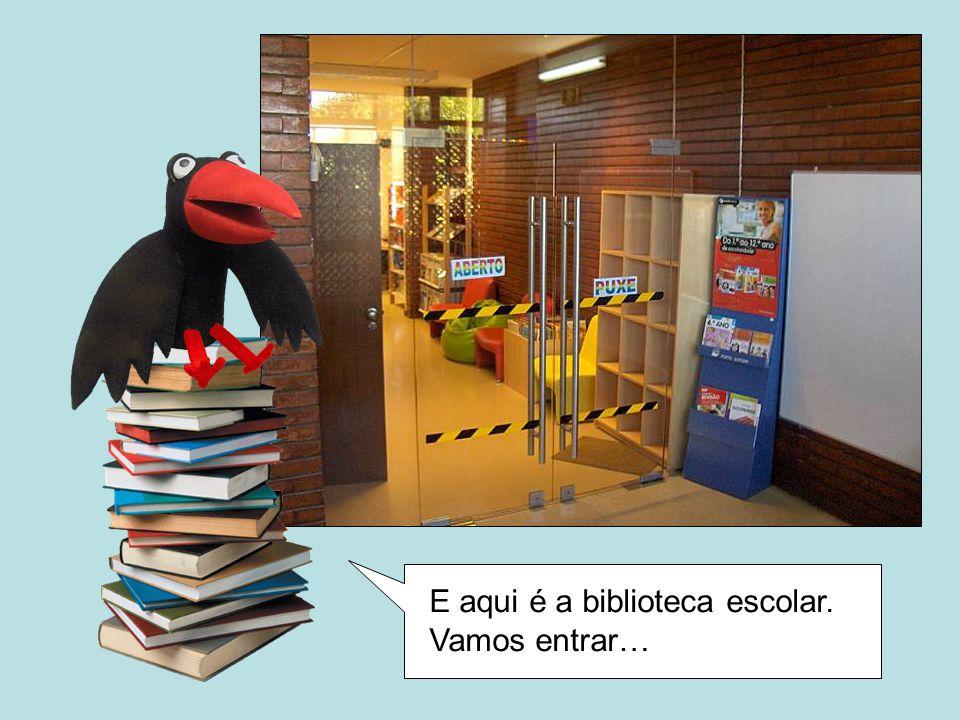Começamos pela zona de leitura informal.