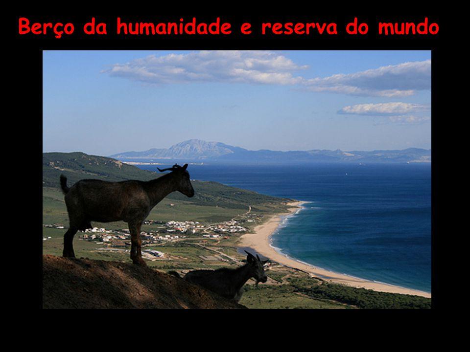 Moçambique A espiritualidade do povo africano permite-lhe ver, de perto, um céu que não conhecemos