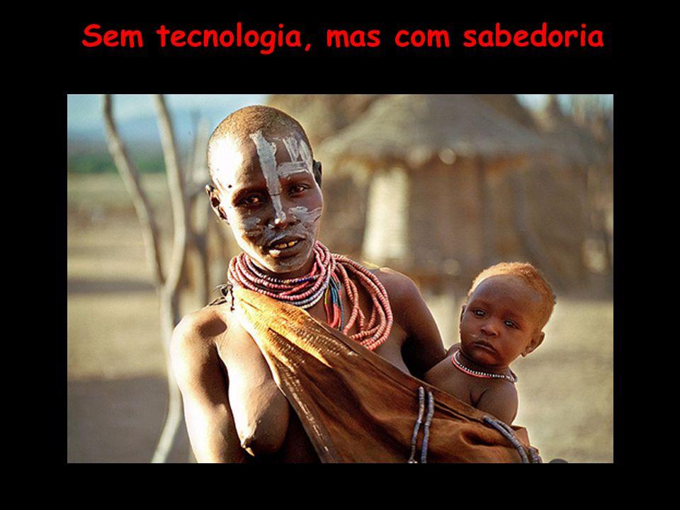 África negra, roxa e branca