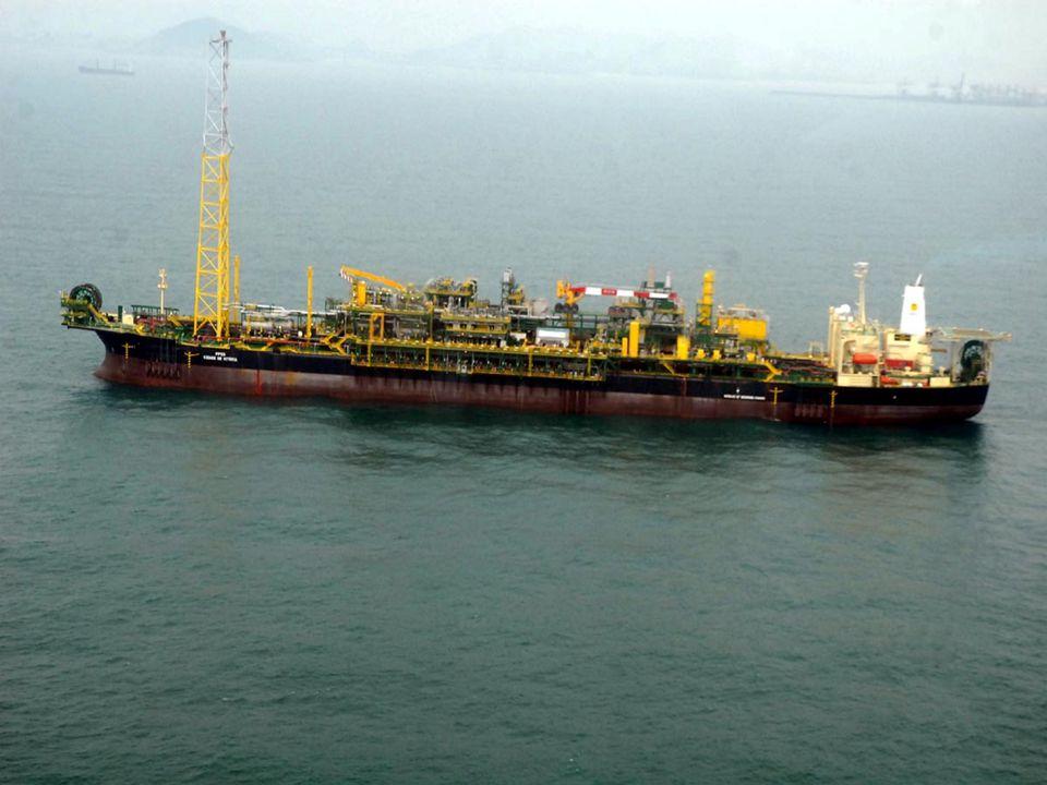 Camada Pré-Sal As grandes reservas de petróleo e gás natural descobertas recentemente pela Petrobras acompanham boa parte da plataforma continental brasileira.