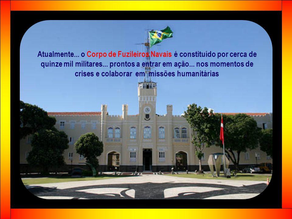 3ª fase Iniciou-se em 1932... com o governo provisório de Getúlio Vargas... caracterizada pela combinação de Armas e Serviços... considerada muito sig