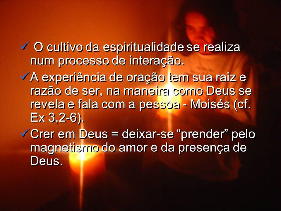 Ser despretensioso, desprendido de tudo, com o olhar centrado em Jesus e, com Ele, viver a oferta ao Pai.