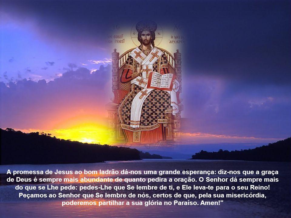 Enquanto todos os outros se dirigem a Jesus com desprezo – «Se és o Cristo, o Rei Messias, salva-Te a Ti mesmo, descendo do patíbulo!» –, aquele homem