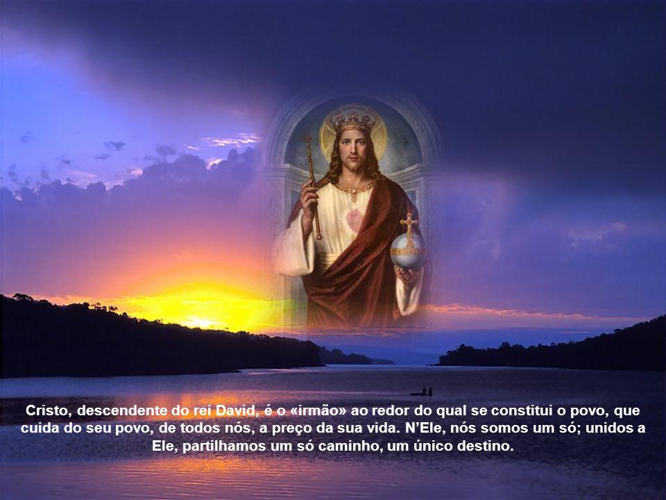 2. Além de ser centro da criação, Cristo é centro do povo de Deus. Assim no-lo mostra a primeira Leitura, que narra o dia em que as tribos de Israel v