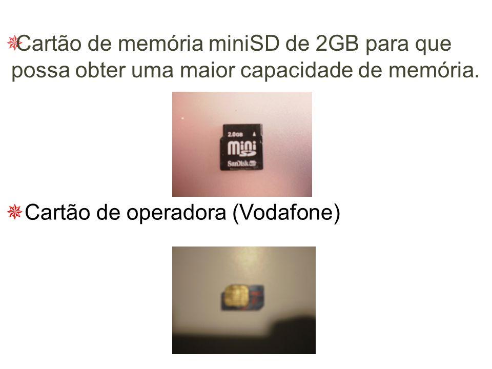  Duas câmaras integradas: Câmara posterior de 2 megapixel, com modo de visualização em formato integral na horizontal, com flash integrado; câmara VG