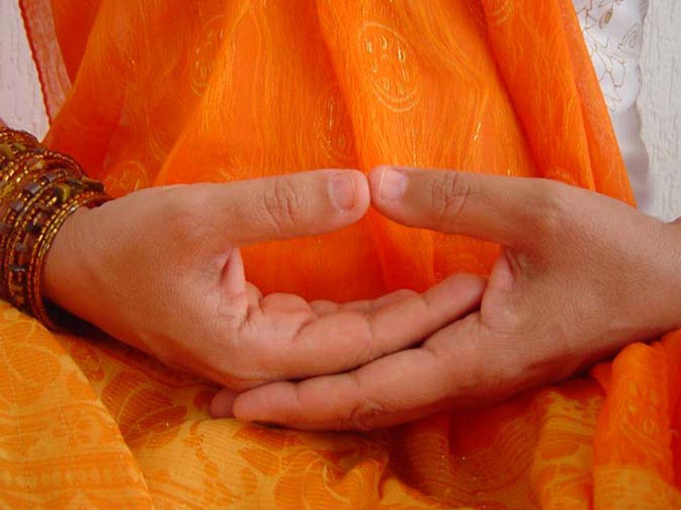 """""""Nossa religião é simples. Não existem templos nem complicadas filosofias. A mente e o coração são o nosso tempo; a humildade, a nossa história"""""""