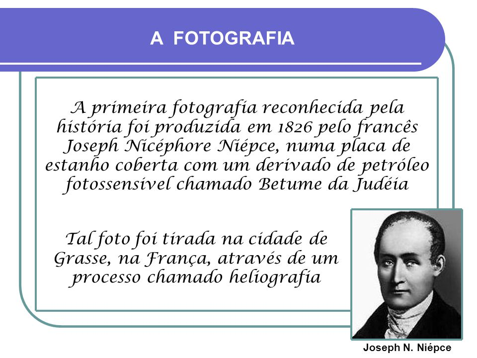 A FOTOGRAFIA ALGUM DESFILE QUALQUER NA RUA DO COMÉRCIO - INÍCIO DO SÉCULO 20 -