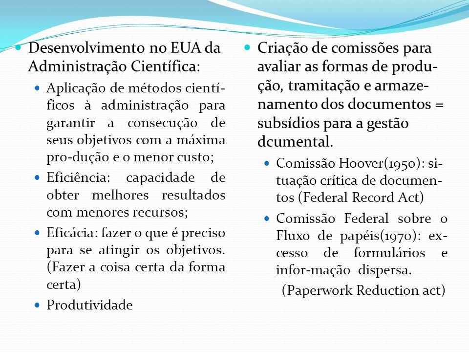 Controle da produção documental, a racionalização das eliminações e conservação econômica e concentrada dos documentos de guarda intermediária; difusão de manuais de procedimentos.