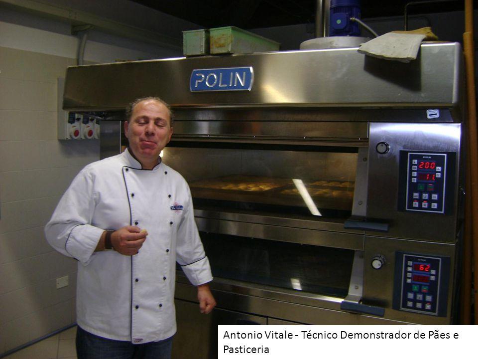 Antonio Vitale - Técnico Demonstrador de Pães e Pasticeria