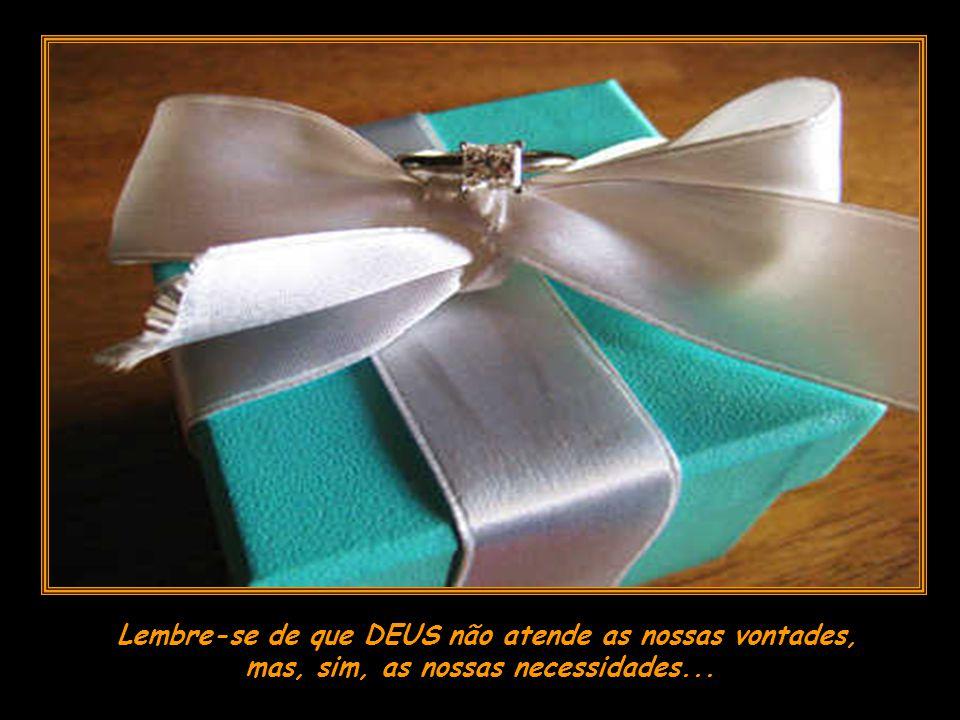 Abra o de amanhã com mais carinho, pois a qualquer momento, seu sonho chegará... Embrulhadinho pra PRESENTE!