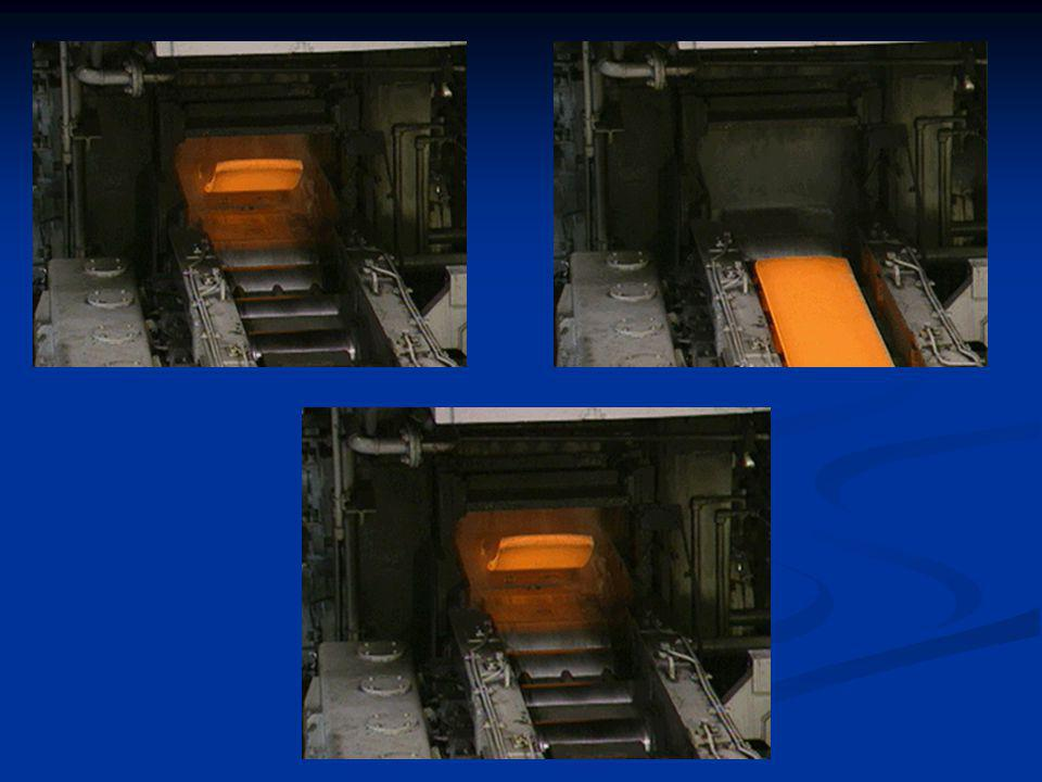 Descrição do Processo Siderúrgico Transformação minério de ferro em aço Transformação minério de ferro em aço Minério de ferro + carvão = ferro gusa Após refino aço Minério de ferro + carvão = ferro gusa Após refino aço Subprodutos para cada tonelada de aço: Subprodutos para cada tonelada de aço: 1,6 t de CO2 (dióxido de carbono) – efeito estufa 1,6 t de CO2 (dióxido de carbono) – efeito estufa 4,43 kg de NOx (Óxidos de nitrogênio) – chuva ácida· 4,43 kg de NOx (Óxidos de nitrogênio) – chuva ácida· 1,6 kg de SO2(Dióxido de enxofre) – chuva ácida 1,6 kg de SO2(Dióxido de enxofre) – chuva ácida 150 kg de escória de alto forno – matéria-prima para cimento .