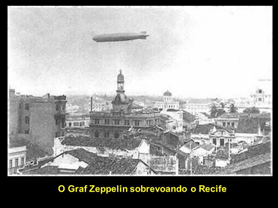 Graf Zeppelin O Graf Zeppelin e o Hindenburg foram as maiores e mais luxuosas aeronaves a atender vôos internacionais de e para o Brasil, e as que tiveram as passagens mais caras, mesmo considerando as caras passagens dos vôos servidos pelo Concorde.