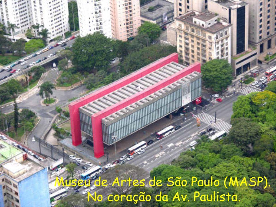Museu de Artes de São Paulo (MASP). No coração da Av. Paulista.