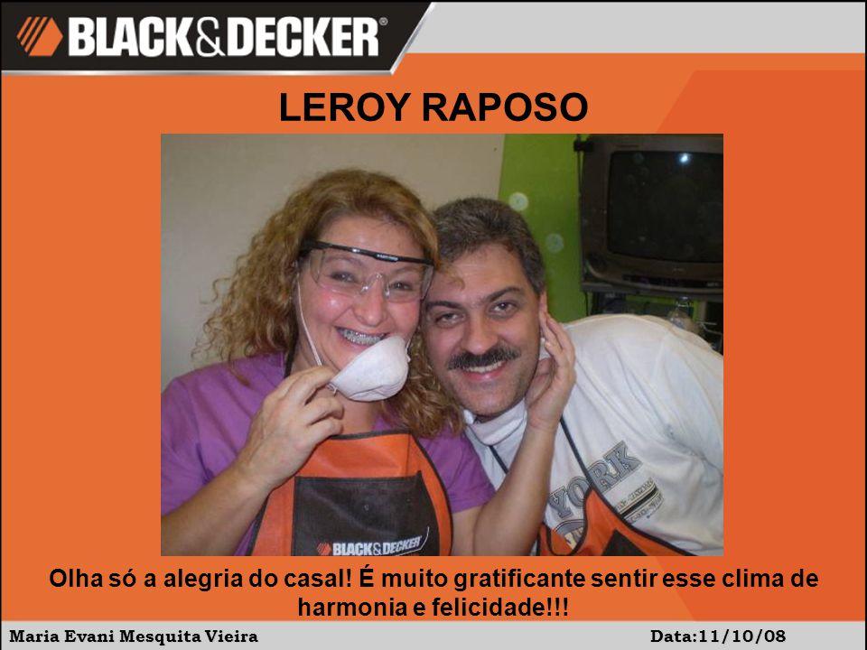 Maria Evani Mesquita Vieira Data:11/10/08 Olha só a alegria do casal.