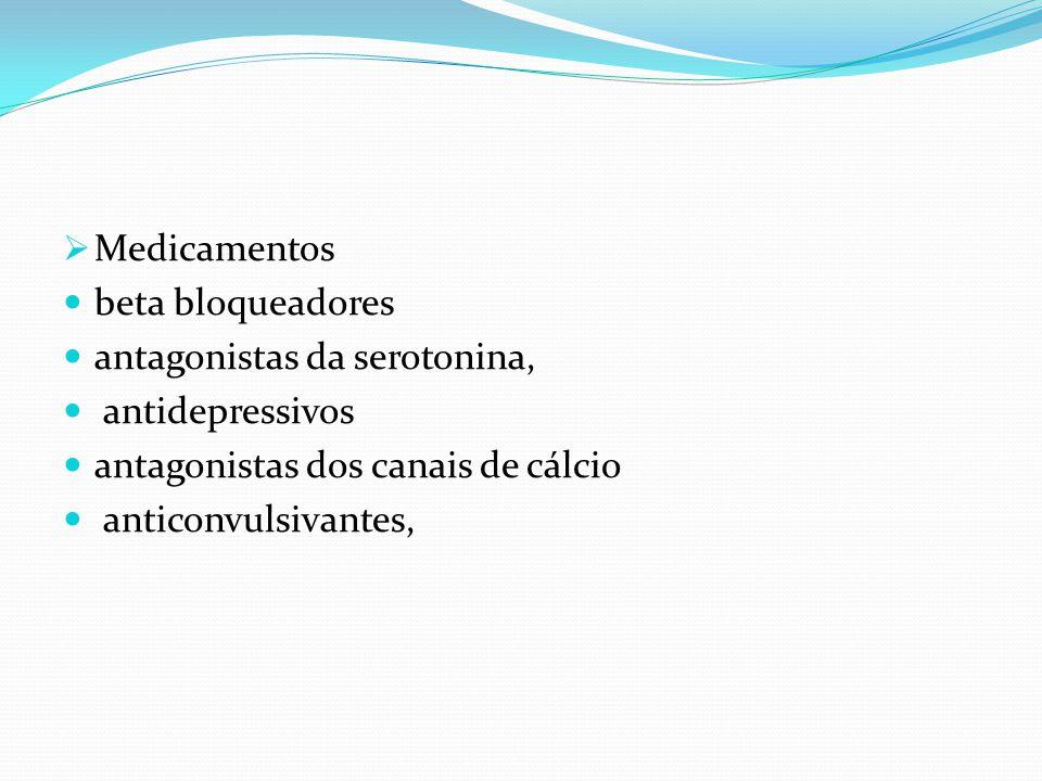  qualquer cefaleia nova ou inesperada num determinado doente, mas muito em particular: cefaleia explosiva que ocorre pela primeira vez (cefaleia intensa com um início súbito ou explosivo ) cefaleia de novo num doente com idade superior a 50 anos cefaleia de novo numa criança antes da puberdade cefaleia de novo num doente com história de cancro, infecção ou imunodeficiência por HIV
