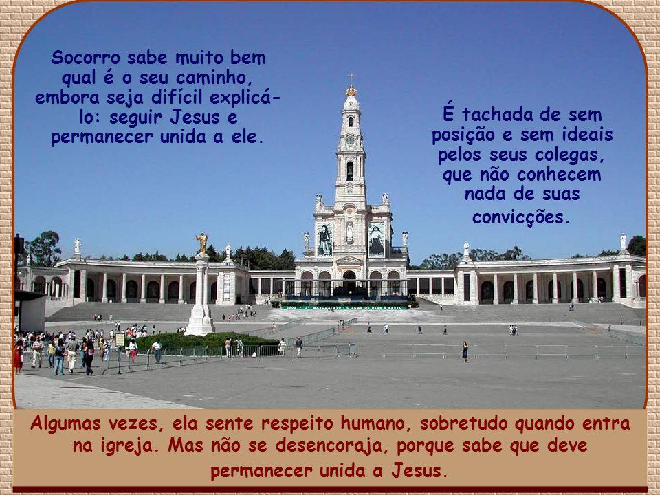 Estamos em Portugal. Maria do Socorro entrou na faculdade, após terminar o ensino médio. O ambiente é difícil. Muitos de seus colegas lutam, conforme