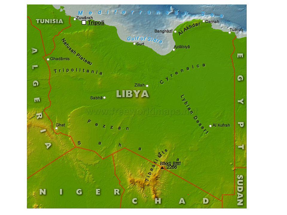 A Líbia situa-se no Norte de África, banhada pelo mar da Líbia, uma parte (reentrância) do mar Mediterrâneo e ladeado pelo Egito a leste e pela Tunísia e Argélia a oeste.