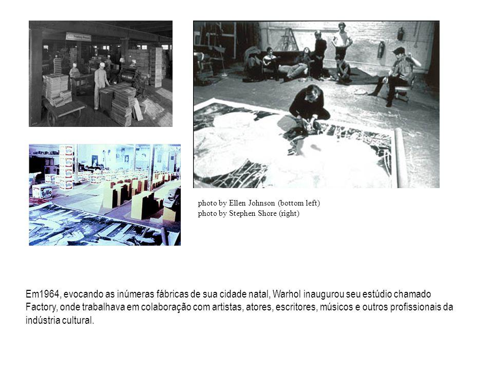 Em1964, evocando as inúmeras fábricas de sua cidade natal, Warhol inaugurou seu estúdio chamado Factory, onde trabalhava em colaboração com artistas, atores, escritores, músicos e outros profissionais da indústria cultural.