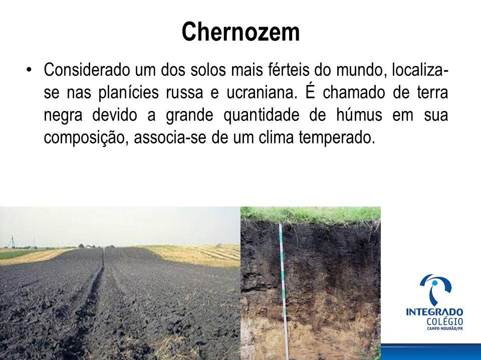 Terra Roxa É de origem associada ao intemperismo do basalto, localiza-se principalmente no Brasil na região da bacia do rio Paraná.