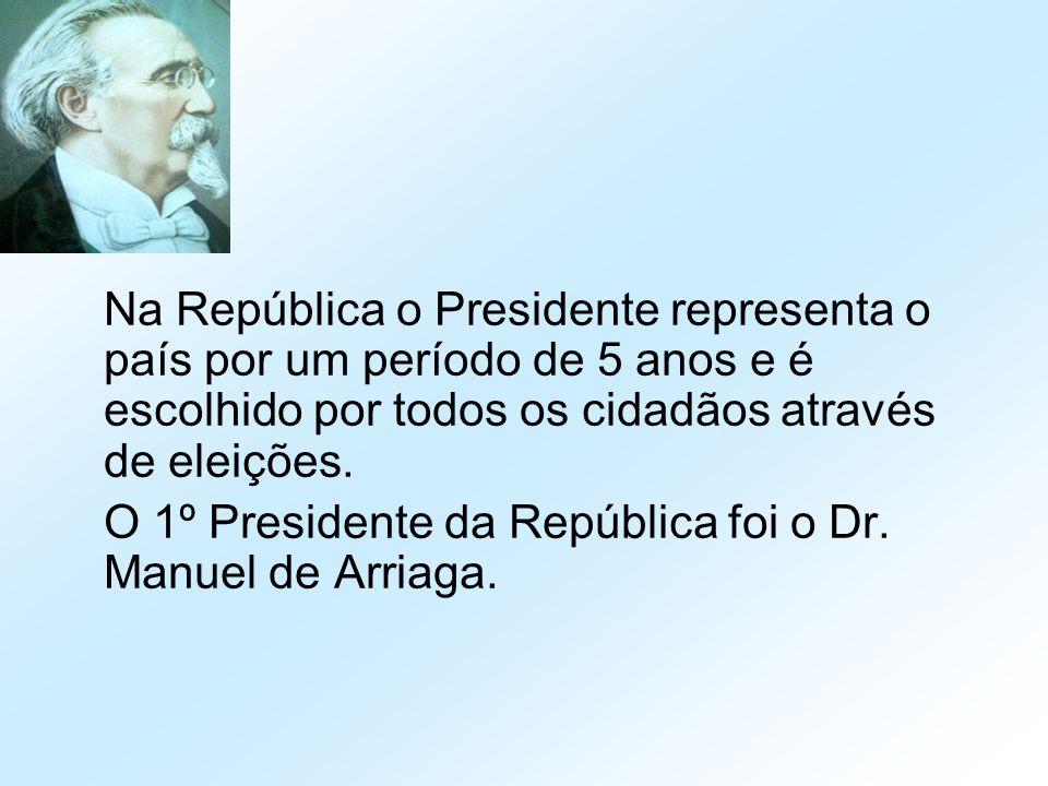 Na República o Presidente representa o país por um período de 5 anos e é escolhido por todos os cidadãos através de eleições. O 1º Presidente da Repúb