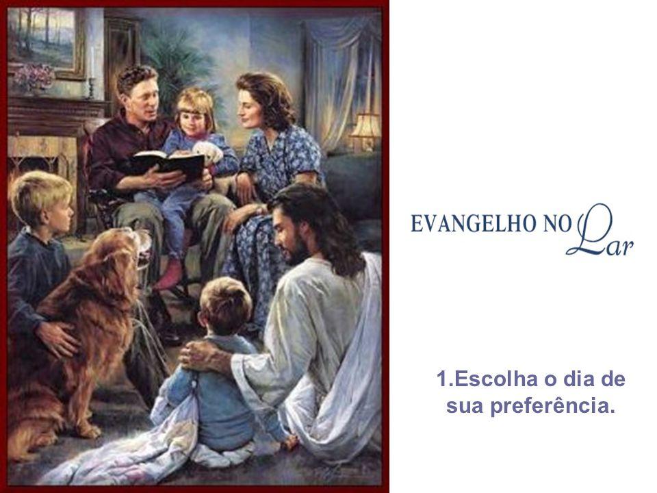 A direção do Culto do Evangelho no Lar caberá a um dos cônjuges ou a pessoa que disponha de maiores conhecimentos doutrinários. Cabe lembrar, no entan