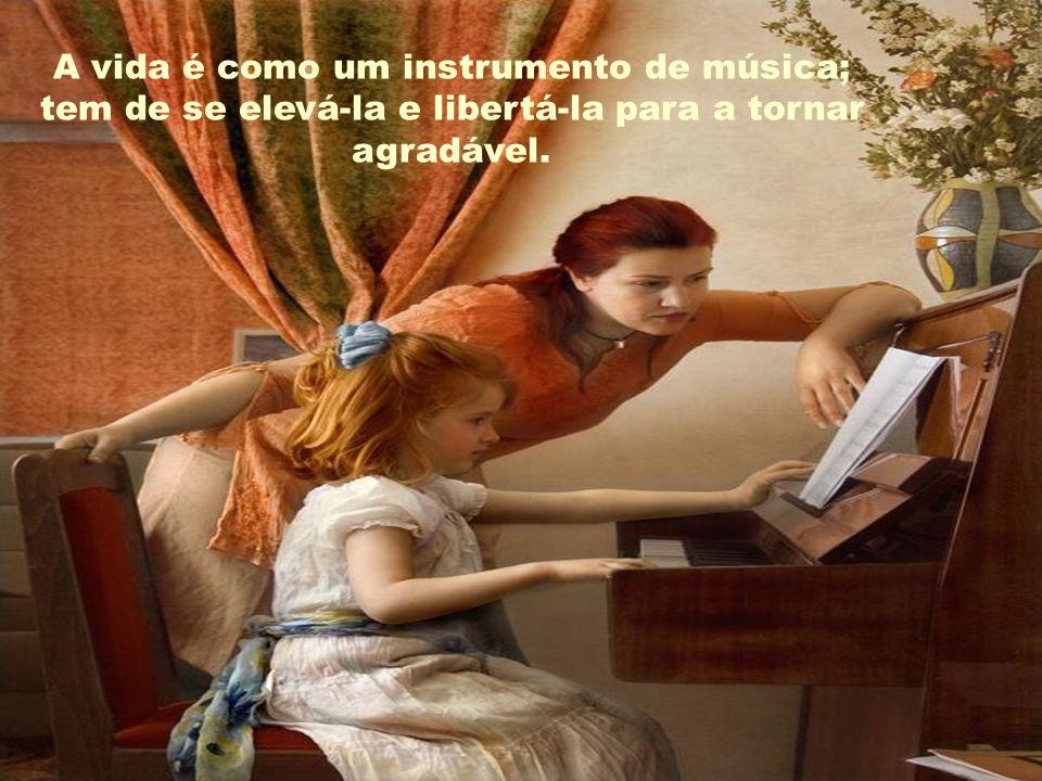 A música tem encantos para serenar o coração mais selvagem.