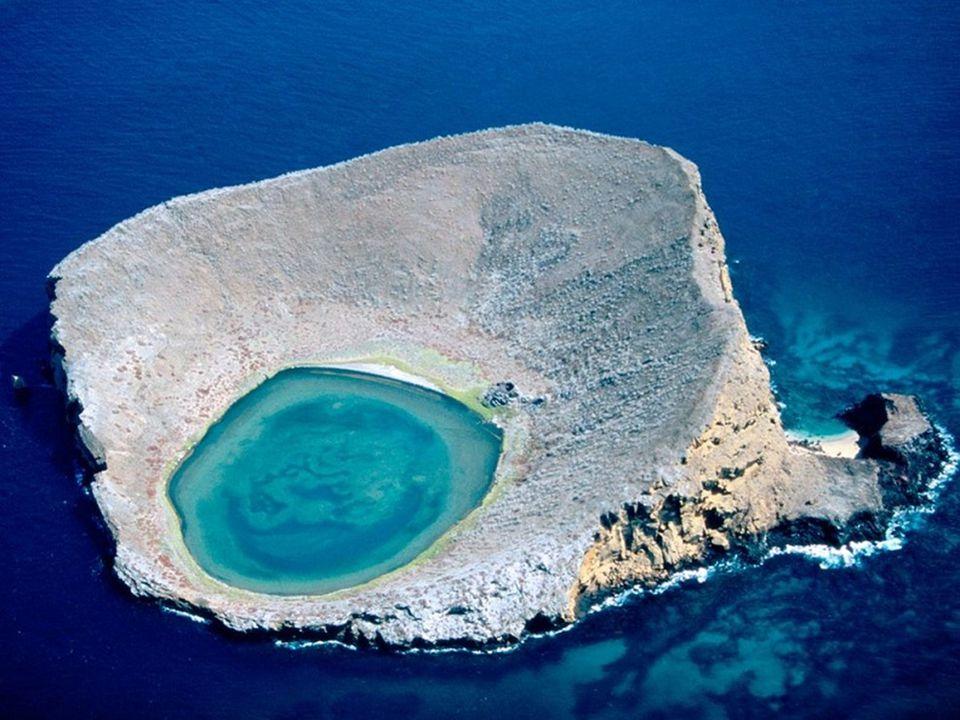 Rocas Baimbridgen - Galapagos - Equador Este lugar incrível fica no Equador e pertence ao arquipélago de Galápagos. Esta inacreditável lagoa de águas