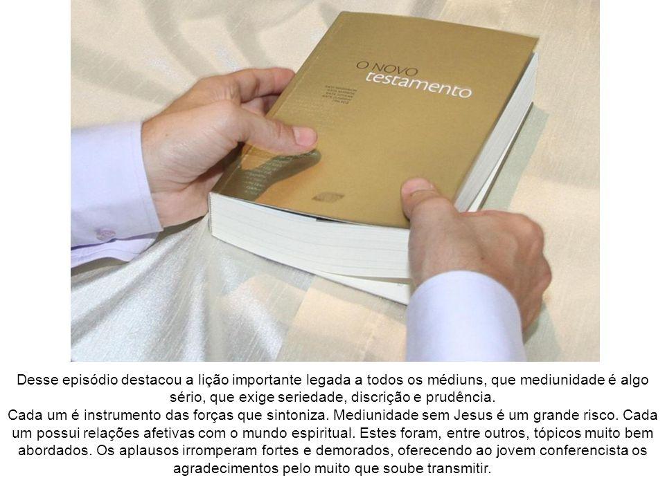 Ampliando um pouco mais, apoiou-se, também, em o livro Mediunidade e Sintonia, de Emmanuel/Chico Xavier.