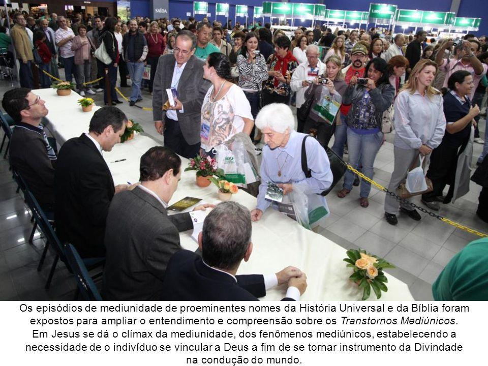 Seminário com Divaldo Pereira Franco O arauto do Evangelho, Divaldo Pereira Franco, assomando novamente à tribuna, apresentou o tema Transtornos Mediúnicos.
