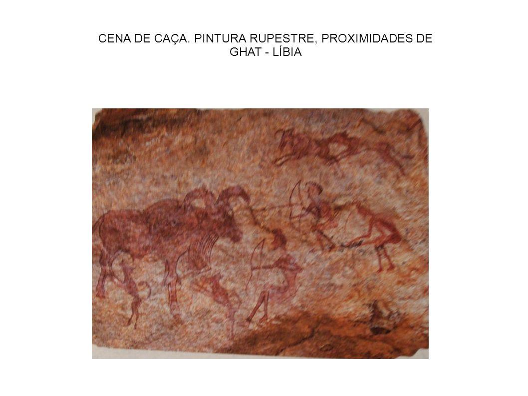 CENA DE CAÇA. PINTURA RUPESTRE, PROXIMIDADES DE GHAT - LÍBIA