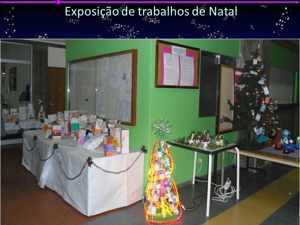G ALA DA E DUCAÇÃO 2012 A GRUPAMENTO DE E SCOLAS DE V ILA N OVA DE P OIARES Exposição de trabalhos de Natal