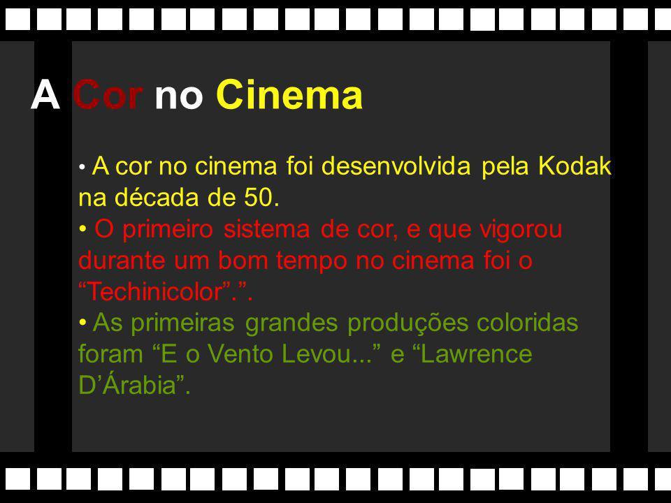 """Linguagem cinematográfica do filme revoluciona por estar situada """"antes de sua época"""". Efeitos de tomadas, jogo de luzes, entre outros experimentos se"""