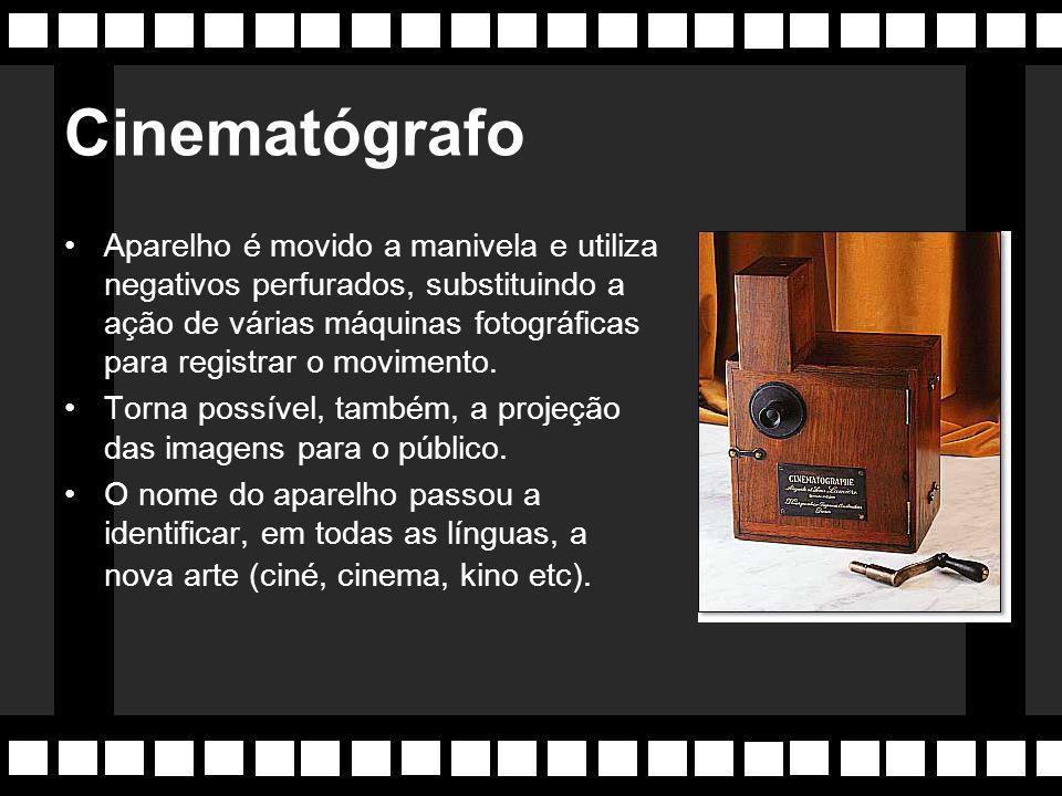 """28/12/1895 Os irmãos Lumière apresentam em Paris o seu invento, o CINEMATÓGRAPHO, aparelho inventado para """"o estudo do movimento"""". A primeira exibição"""