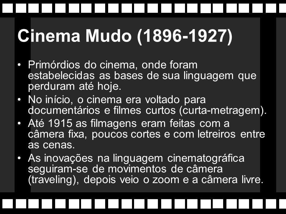 1896 - Moscou Documentarista enviado de Lumière á Rússia filma a Coroação do Czar Nicolau II , o filme ficou conhecido como o pai dos documentários.