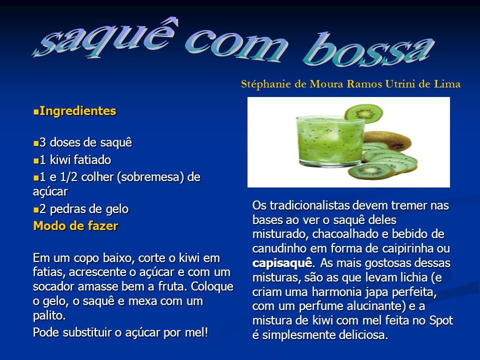 Ingredientes Ingredientes 3 doses de saquê 3 doses de saquê 1 kiwi fatiado 1 kiwi fatiado 1 e 1/2 colher (sobremesa) de açúcar 1 e 1/2 colher (sobremesa) de açúcar 2 pedras de gelo 2 pedras de gelo Modo de fazer Modo de fazer Em um copo baixo, corte o kiwi em fatias, acrescente o açúcar e com um socador amasse bem a fruta.