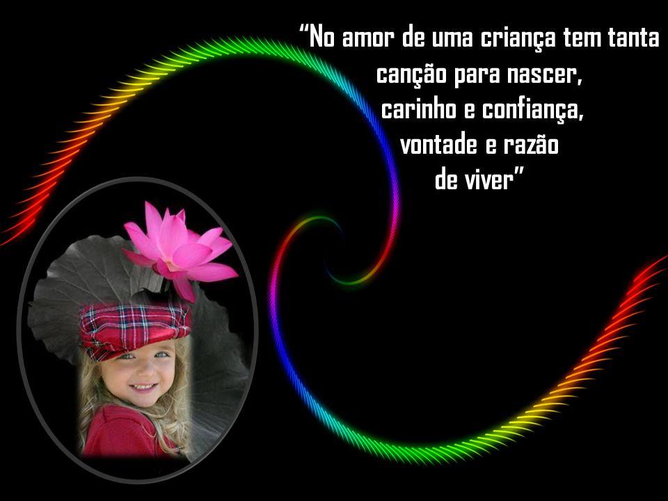 """Como diz o escritor Victor Hugo: """"Nunca ninguém conseguirá ir ao fundo de um sorriso de criança."""""""