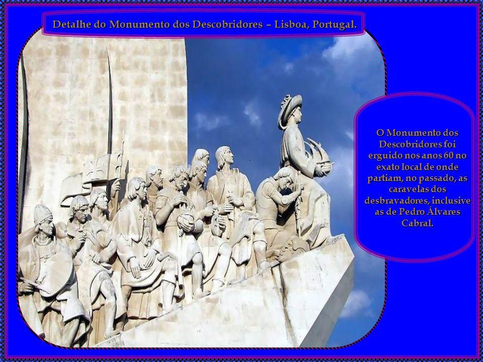 Detalhe da Praça do Comércio – Lisboa, Portugal. Detalhe da Praça do Comércio, em Lisboa. Estátua Eqüestre de D. José (obra de Machado de Castro). Est