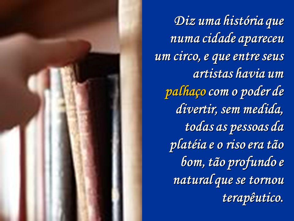 Enquanto isso, o Brasil de irmã Dulce, de Manuel Bandeira, do Betinho, de Clarice Lispector, de Chiquinha Gonzaga e de muitos outros heróis anônimos que diminuíram a dor desse país com a sua obra, levanta-se, caminha em silêncio até a porta, vira-se e diz: