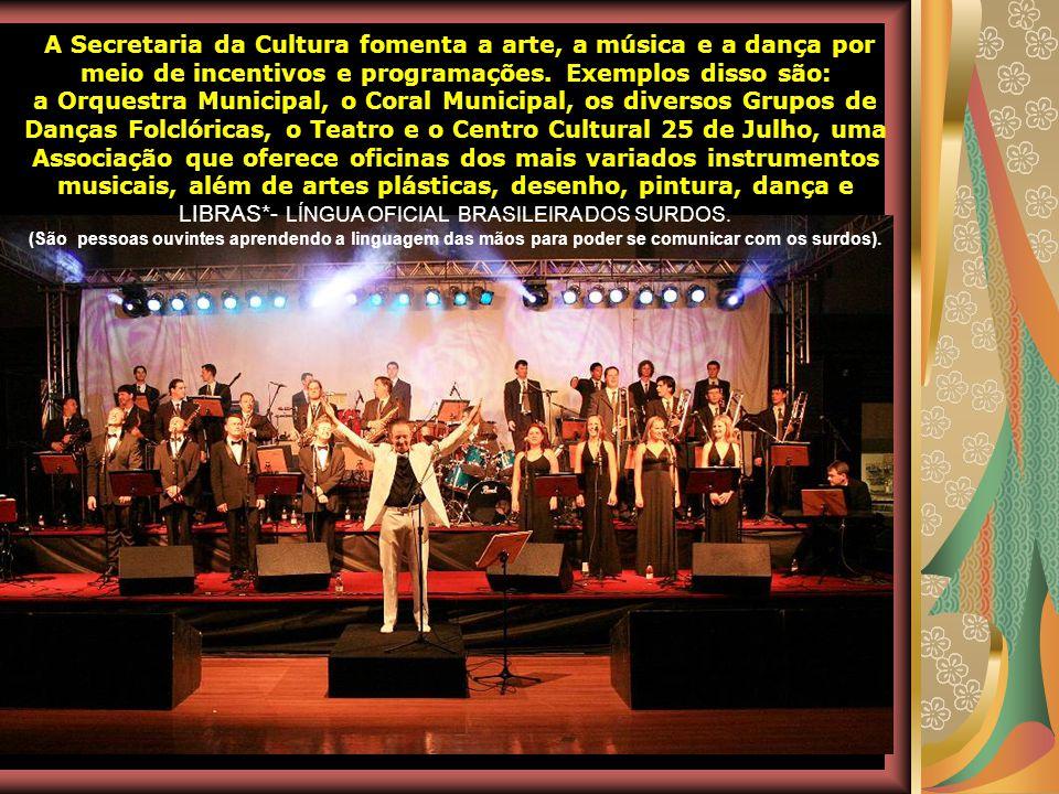 Dentre as diversas manifestações e riquezas culturais, Teutônia é conhecida pelo excelente trabalho desenvolvido na música. Atualmente, o município co