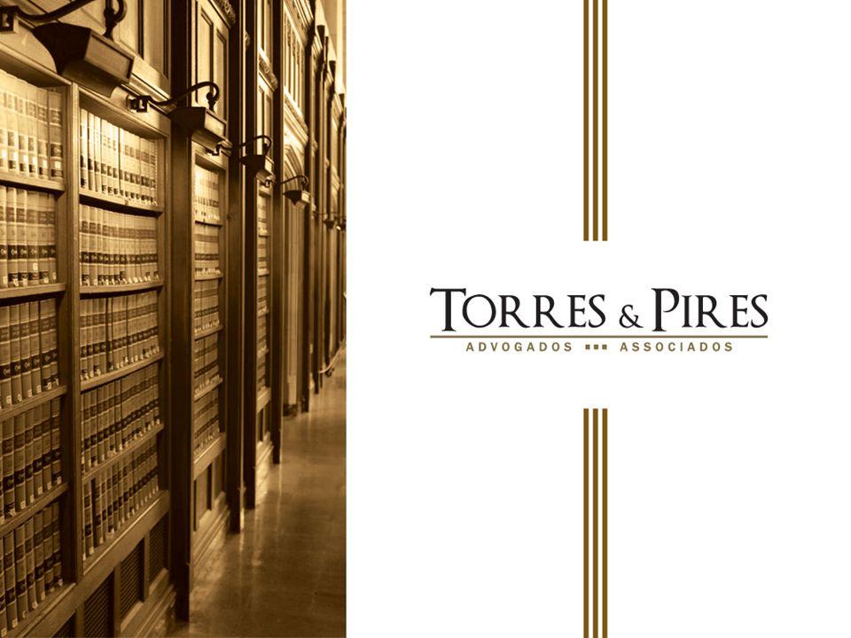 A NDRÉ N EI T ORRES N OGUEIRA Sócio-fundador responsável pela coordenação geral do departamento de Direito Privado.