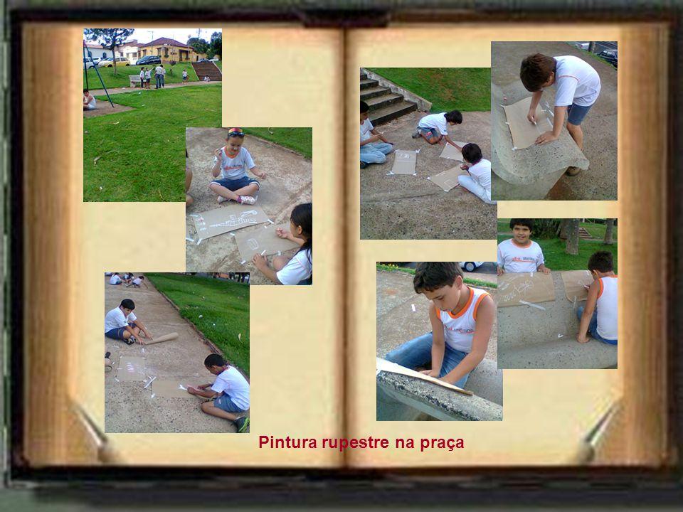 Pintura rupestre na praça