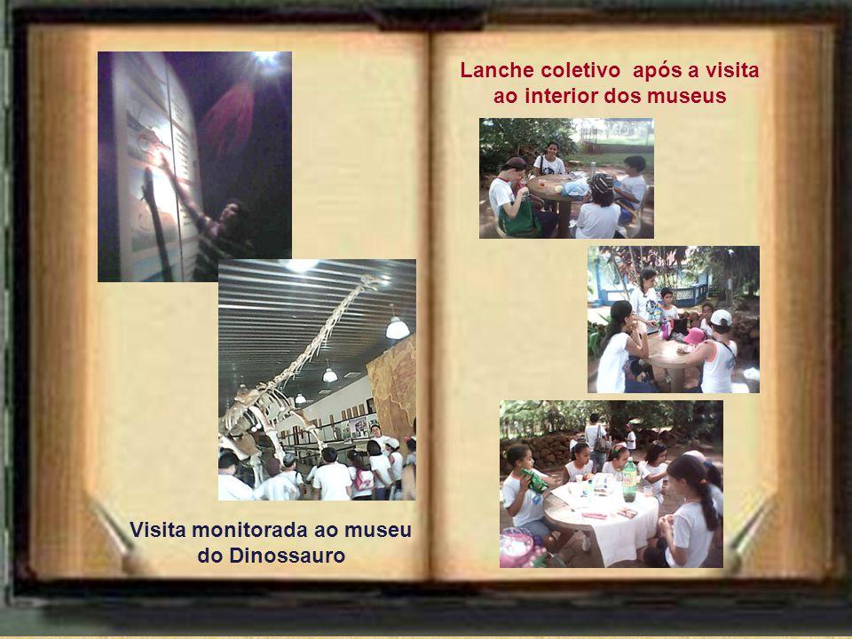 Lanche coletivo após a visita ao interior dos museus Visita monitorada ao museu do Dinossauro