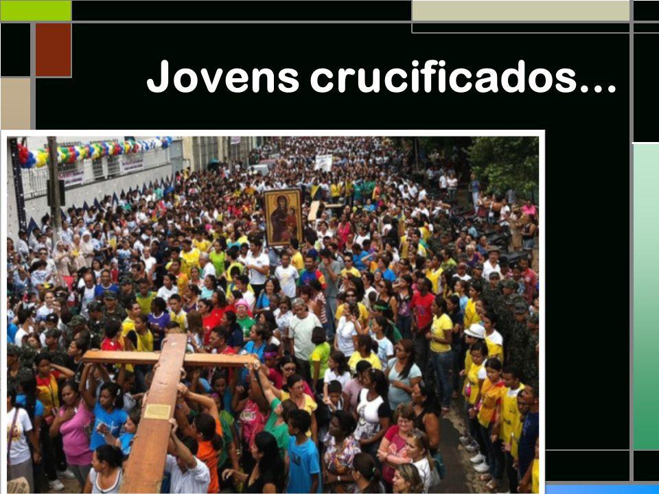 Jovens crucificados...