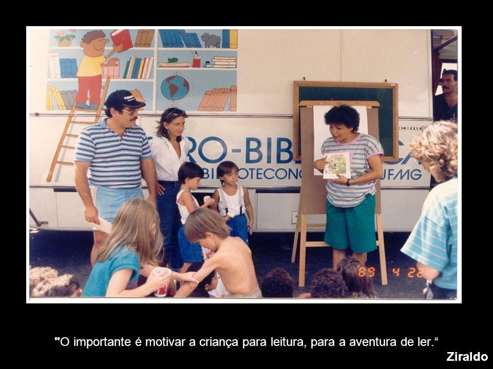 """""""Creio que uma forma de felicidade é a leitura"""". Jorge Luis Borges"""